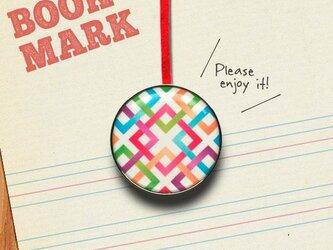 「交錯する四角模様のクリップ型ブックマーク」no.035の画像