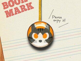 「黄色い目をしたネコのクリップ型ブックマーク」no.136の画像