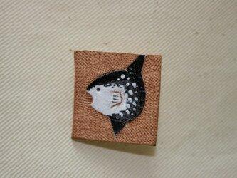 ラクガキバッジ マンボウの画像