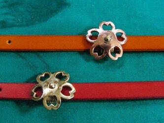 真鍮製or銅製どちらか選択可能 和風桜花デザイン帯留め 着物や浴衣の帯締め飾りにの画像