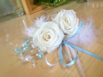 白バラとパールの髪飾り★プリザーブドフラワー★の画像