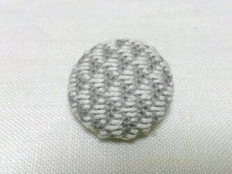 こぎん刺し ブローチ(直径 3.0cm)の画像