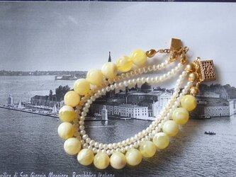 イエローオパール・淡水パール3連ブレスの画像