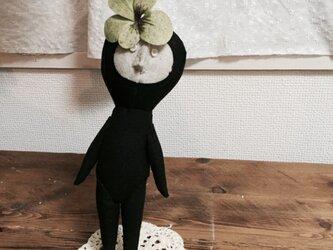 飾り人形 発表会の子供たち ビオラ グリーンの画像