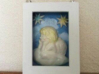 額入り天使の画像