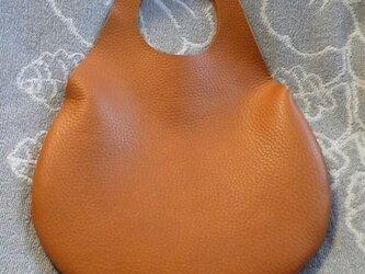 革の袋・有機デザインのキャメルバッグ NEW!の画像