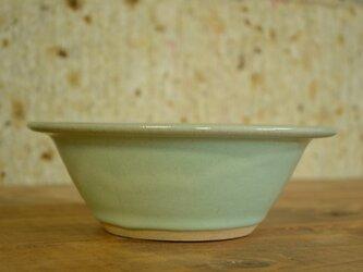ひすいリム鉢の画像