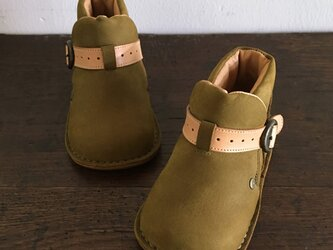 colobockle boots * oliveの画像