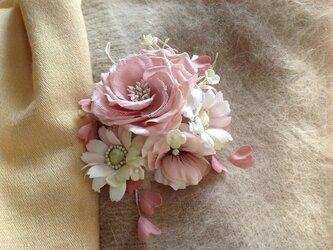 再販ピンクのハートと薔薇の画像