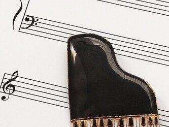 七宝焼ブローチ ピアノ(黒)※文字あり・なし両方対応の画像
