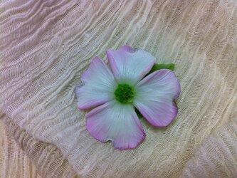 花水木 ブローチの画像