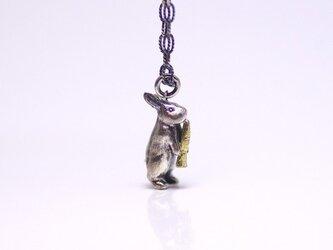 うさぎのネックレス(K18人参)の画像