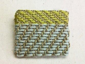 「よこよこ2」手織り布 ブローチの画像
