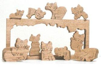 猫のパズル(組木)の画像