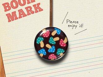 「カラフルなキノコたちのクリップ型ブックマーク」no.207の画像