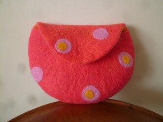 羊毛フェルトのポーチ  ピンク×だいだいの画像