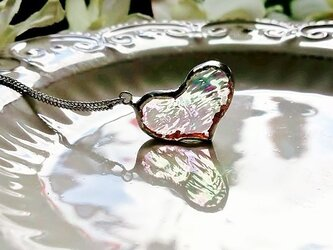 ステンドグラス ガラスのハートネックレス~虹~の画像