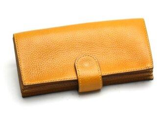 ボタンポケットのゆったり長財布(カラー:Camel)の画像