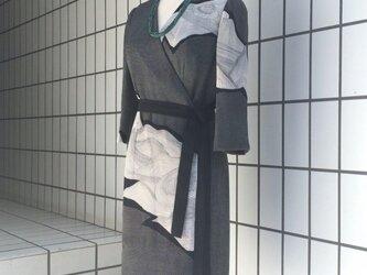 【SOLD OUT】石庭の柄のラップドレスの画像