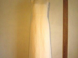 白の和 縮緬ドレスの画像