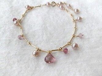ピンク・トルマリンと淡水パールのブレスレットの画像