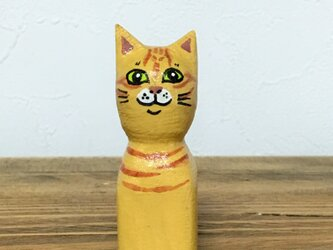 木彫り猫 茶トラの画像
