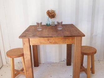 カフェテーブル【700×700】(ダーク)の画像