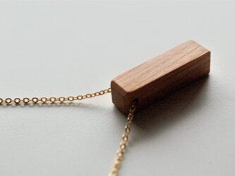 木のネックレス レクタングルの画像
