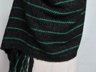手織りのショールの画像