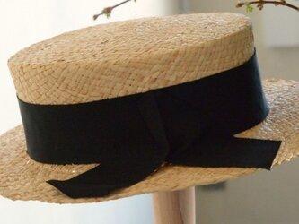 ラフィアのカンカン帽の画像