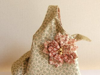 Sakura boxbag 桜の帯地バッグと桜のコサージュの画像