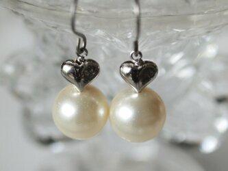 大粒パールの ハートピアス & イヤリング   *南洋真珠フィーリング*の画像