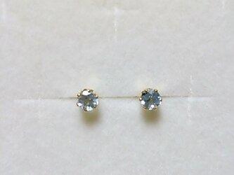 再販:宝石質スカイブルートパーズファセットピアス(4ミリ)の画像