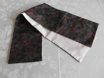 黒大島のスカーフの画像