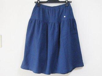 L ティアードギャザースカート やわらか綿麻の青紺 ペチ付きの画像