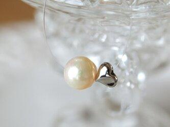 真珠&ハートの インビジブルネックレスの画像