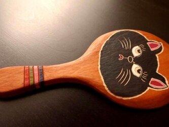 木彫りの手鏡 くろねこちゃん (中)の画像
