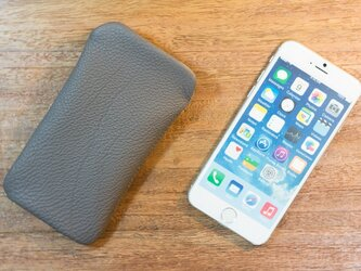 iPhone6レザーケース トリヨンクレマンス・エタンの画像