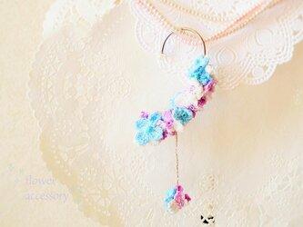 再販☆レース編みの紫陽花のイヤーフック(パープル系)の画像