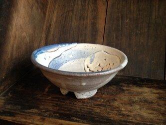 割高台の藁灰釉茶碗の画像