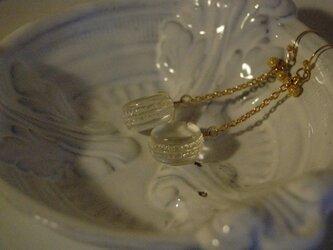 マカロンの結晶ピアス1の画像