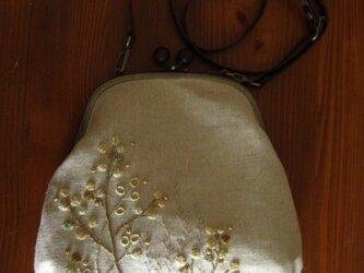 手刺繍木玉がま口・ポシェット(kazuiさまオーダー品)の画像