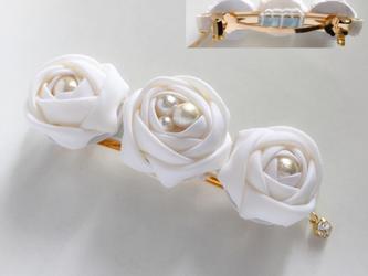 純白のバラの花嫁バレッタの画像