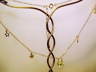 ティアドロップビーズのネックレスの画像