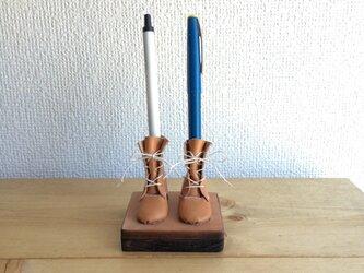 編み上げブーツのペン立て ナチュラルの画像