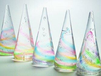 虹色のガラスリングホルダーの画像