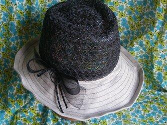 中折れブレードの帽子の画像