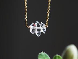 ハーキマーダイヤモンドの3粒ネックレス ~Alenkaの画像