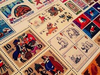 世界の切手フレークシール60枚セットの画像