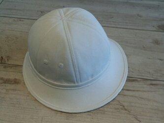日常のコピー 帽子 (現代美術作品)の画像